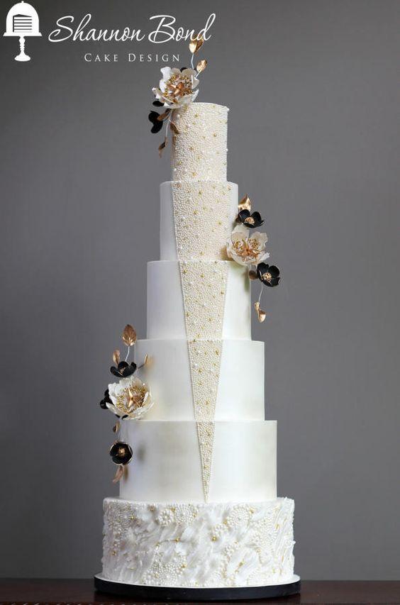Gatsby Wedding Cake by Shannon Bond Cake Design - http://cakesdecor.com/cakes/250188-gatsby-wedding-cake
