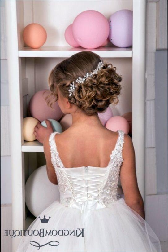 Peinados de fiesta para ninas recogidos
