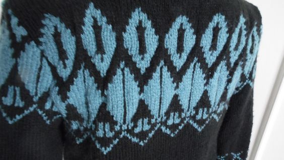 Pull jacquard fait main : Pulls, gilets, sweats par annbcreation