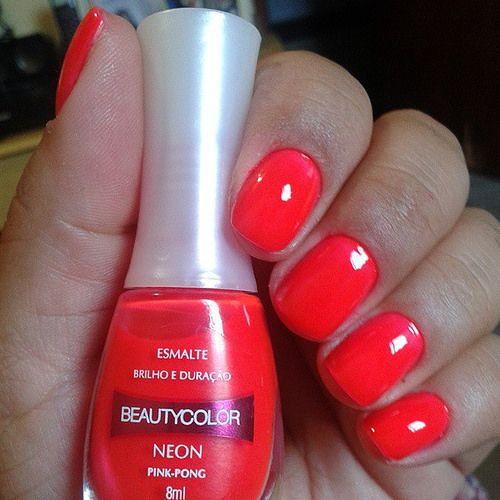 Beauty Color- Pinky Pong Ganhei do marido esse neão lindo. Contrariando o nome ele tem mais laranja do q pink.  #neon #loucasporesmalte #beautycolor #instanails #nail #cutepolish #esmaltes #esmalticesdagrazi #brazilianpolish