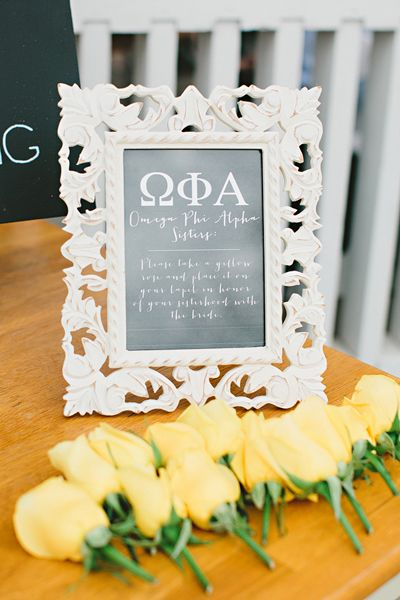so sweet - setting out corsages at the ceremony for sorority sisters or honorary bridesmaids | Amy Arrington #wedding