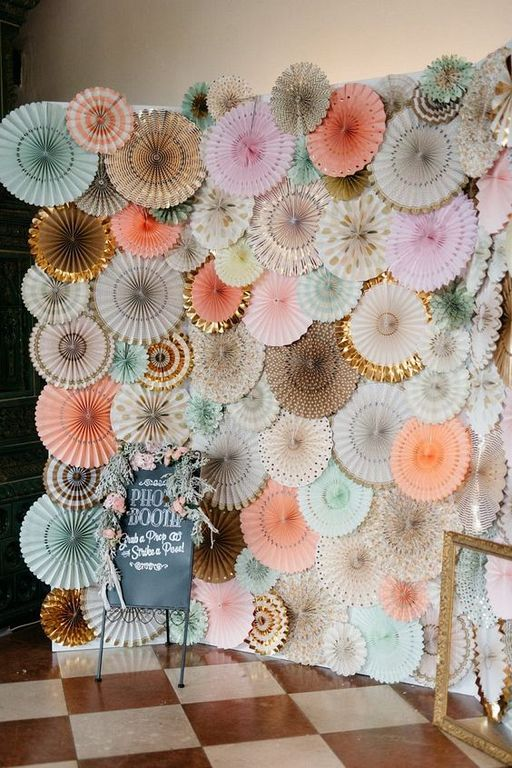 30 Creative Ideas To Create A Photobooth Backdrop Alone In Your Home Photo Booth Background Photo Booth Backdrop Wedding Diy Photo Booth