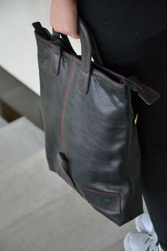 Diede Black leather | www.reyseven.com