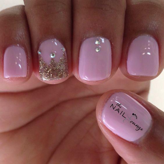 @the_nail_lounge_miramar princess crown nail art design