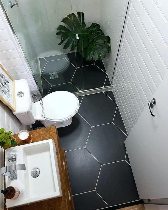 5 Tipps Fur Mehr Platz Im Mini Bad Badezimmerideen Kleine Badezimmer Kleines Haus Badezimmer
