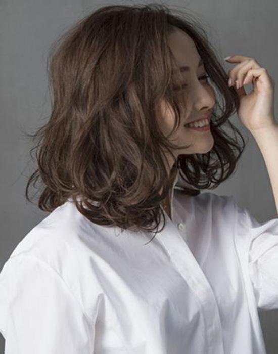 5 kiểu tóc ngắn cho mặt tròn bắt kịp trend đẹp nhất năm 2018