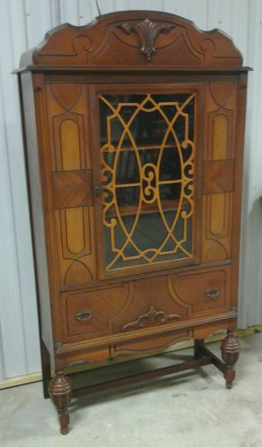 Antique Mahogany China Cabinet with Inlaid Glass Front 1930u0027s