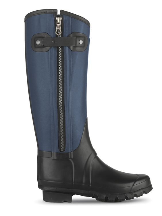 WANT. Rag and Bone Hunter boots.