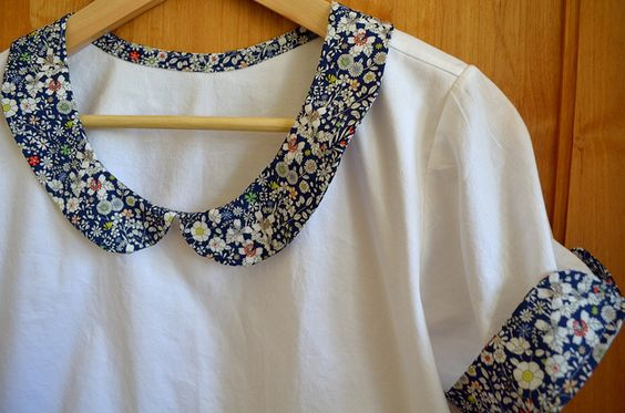 DIY: Peter Pan Collar and Cuffs by Oh, She Dabbles