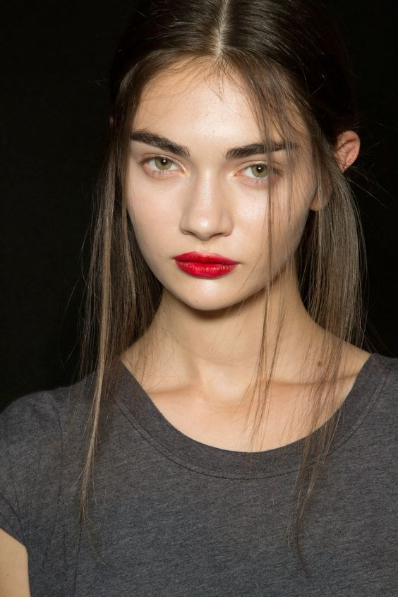Luscious red lips!: