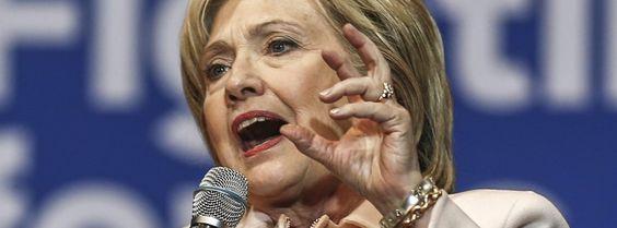 Wahlkämpferin Clinton: In Umfragen nur knapp vor Sanders