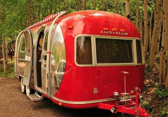 Airstream camper.  Gorgeous