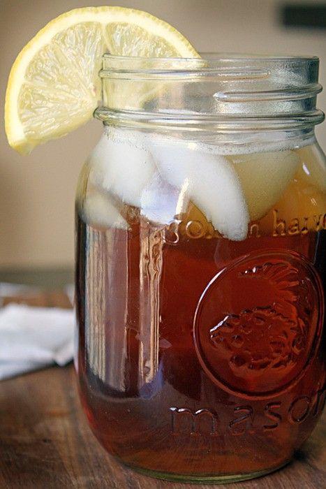 Sweet tea in a mason jar. That's all I need.