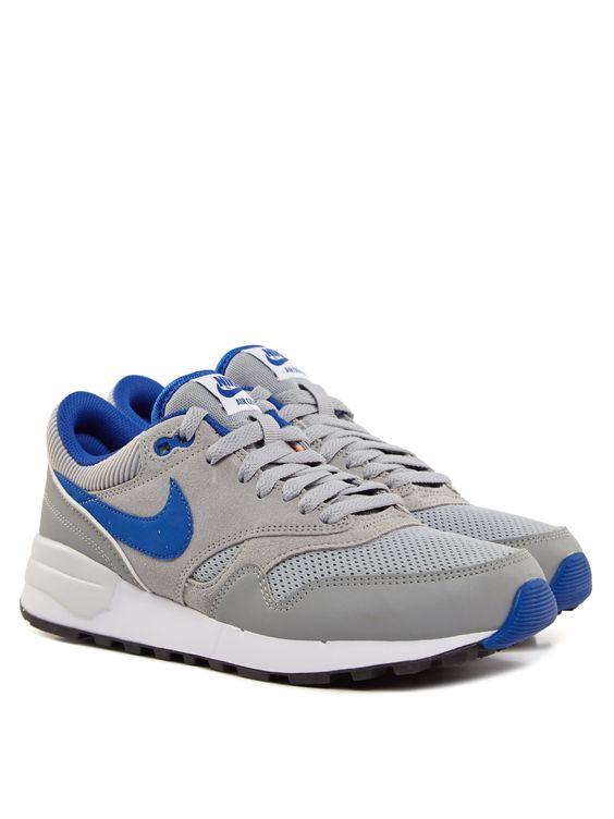 Das Modell Air Odyssey von Nike - die perfekten Sneaker für Herren, die auf der Suche nach coolen Sneakern sind! € 89,90