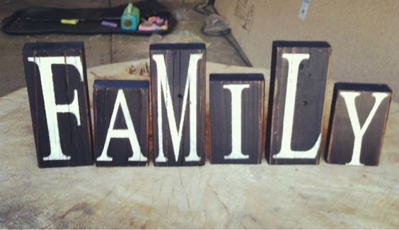 Miss Painted Pieces: hand painted family blocks