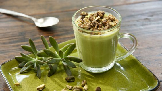 Mousse de pistache: Receita de Carolina Ferraz leva toque picante de pimenta caiena
