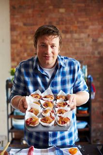 Rhoda Reviews: Ginger Rhubarb Muffins