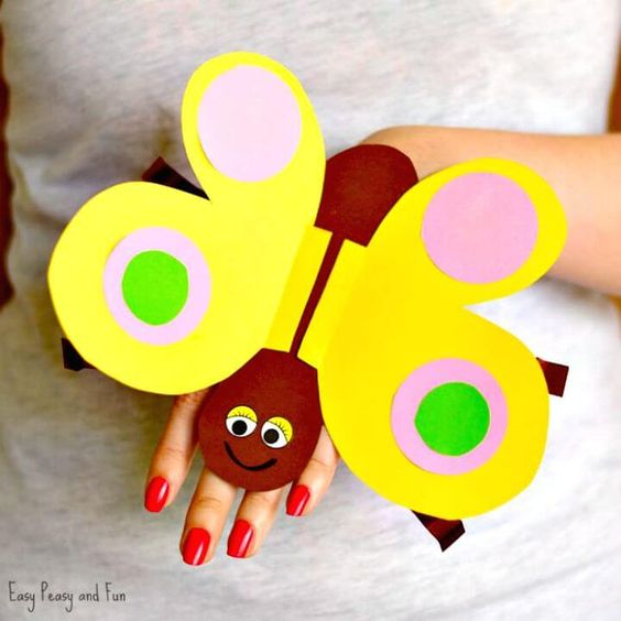 Make Butterfly Paper Hand Puppet - 50 Easy Puppet Crafts for Kids to DIY - DIY & Crafts