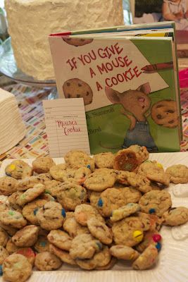 If You Give a Mouse A Cookie cookies for a children's book party (via Johnson and Johnson)