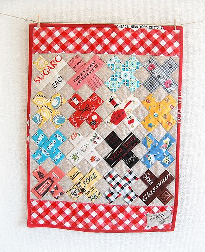 cross mini quilt. (might have already pinned this.)