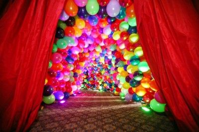 The entrance is always important for any Bar/Bat Mitzvah. This one was created out of balloons for a circus themed Bat Mitzvah.