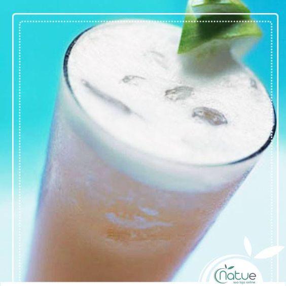 Se o seu sábado à noite ainda está trazendo consequências nesse domingo, confira essa receita de suco anti-ressaca: http://bit.ly/1myMc9N