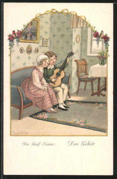 carte postale ancienne: CPA Illustrateur Pauli Ebner: Die fünf Sinne, das Gehör, Junge spielt für seine Freundin auf der Gitarre