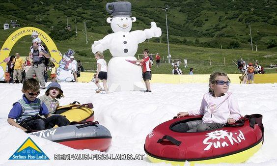 Sommer-Schneewelt