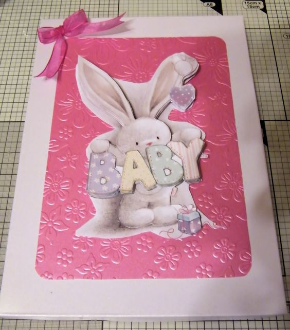 I made a box for the Bella Rose New Born Baby Card, this is the Lid.