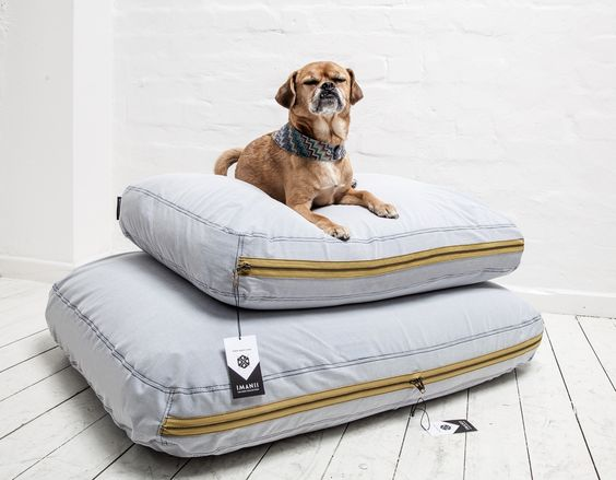 IMANII Schlafkissen, Dogbed ,Naval Nelson'  IMANII The perfect combination of design, function and comfort in dog accessories. www.imanii.com