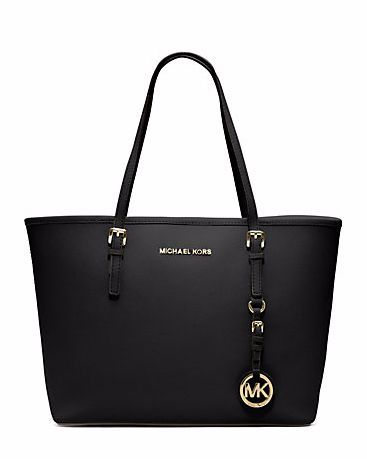 MICHAEL KORS Jet Set Travel Saffiano Leather Medium Tote  -  WAY out of the gift price range but I really want one of these. So does Rach  😅