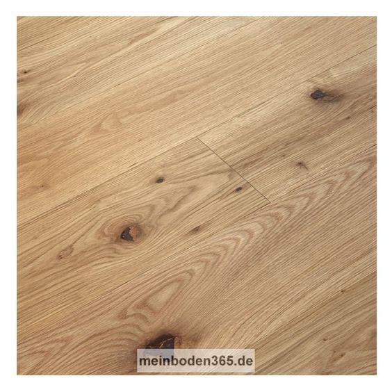 Eiche Paris Das Parkett ist ein 3-Schicht Fertigparkett als Landhausdiele in der Holzart europäische Eiche. Es ist vielseitig einsetzbar und passt zu vielen Einrichtungsstilen. Die Oberfläche der Diele ist Natur lebhaft und zudem gebürstet und oxidativ geölt. Das Parkett hat eine Nutzschicht mit einer Stärke von ca. 3,4 mm und eine umlaufende Mikrofase. Der Boden kann sowohl schwimmend mit einer Trittschalldämmung oder vollflächig verklebt verlegt werden, auch auf einer Fußbodenheizung.