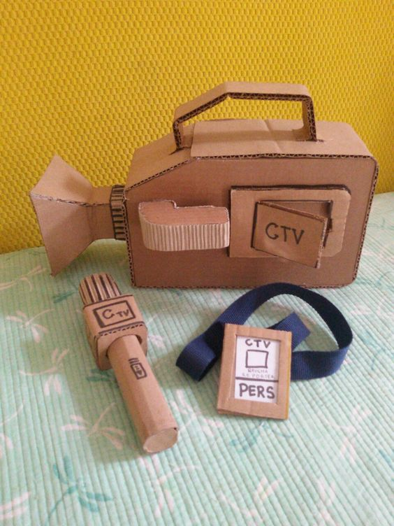 Cardboard toy Video cámara