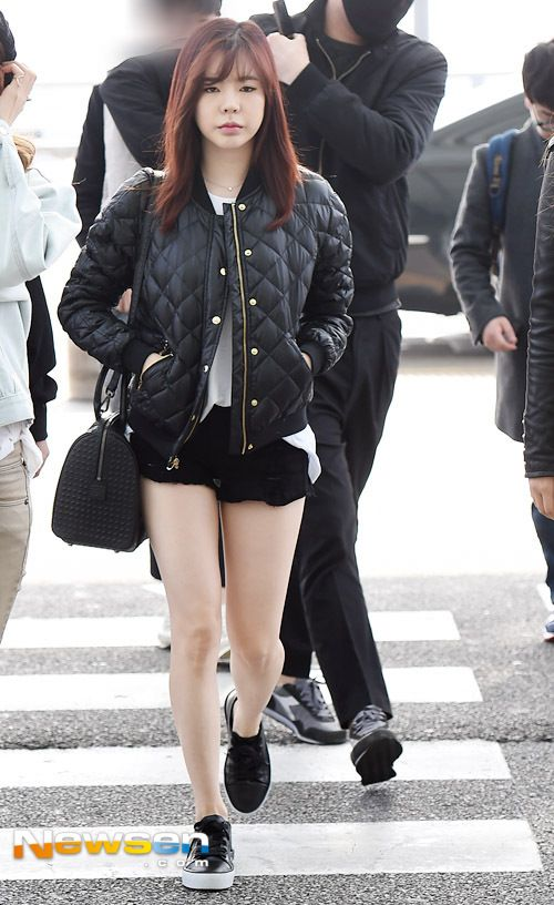 SNSD Sunny Airport Fashion 150320 2015