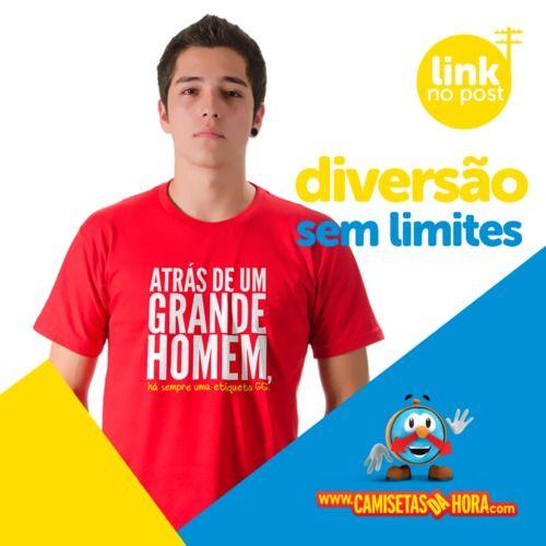 Camiseta+Engraçada+:+Atrás+de+um+grande+homem,+há+sempre+uma+etiqueta+GG!+#camisetasengraçadas+#lançamento http://bit.ly/2hunE4T+|+camisetasdahora
