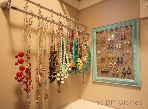 The DIY Diaries Blog Curtain rods with 'S' hooks Frame with wire for earrings