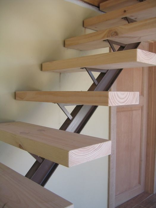 Open Log Stairs: Solid Timber Staircase On I-beam Stringer IMAGE STAIRWAYS