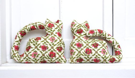 Vintage Floral Stuffed Cats by gollygeeshop on Etsy, $15.00