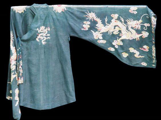 Robe pour la cérémonie du Nam Giao, hommage au ciel