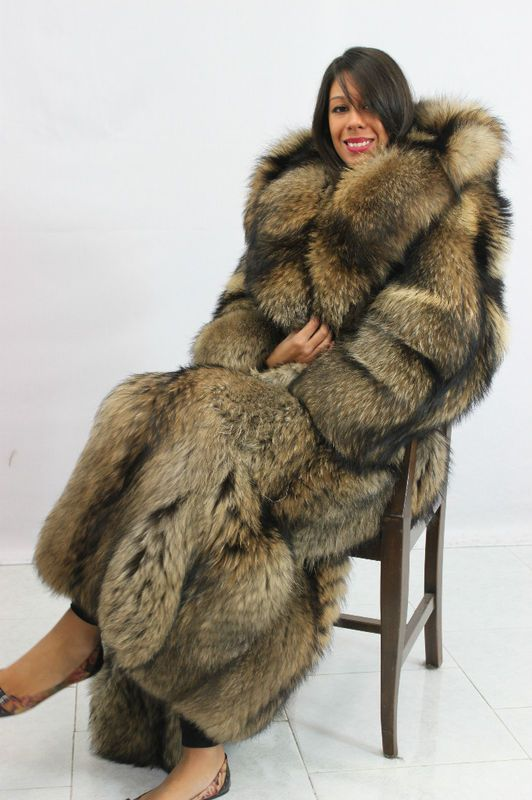 52 best DariaFur images on Pinterest | Fur coats, Fox fur and Furs