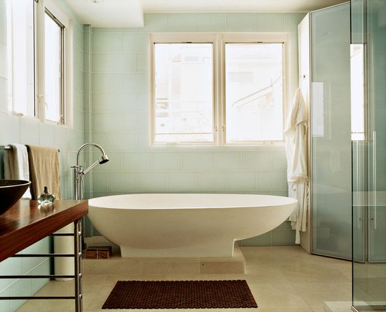 "Where the System 20 is the showpiece in the kitchen, from the master bedroom it's impossible not to notice the egg-shaped Agape tub in the doorless bathroom. Picard glibly remarks, ""When you're spending $6,000 on a tub and $2,000 on a faucet fixture, you'"