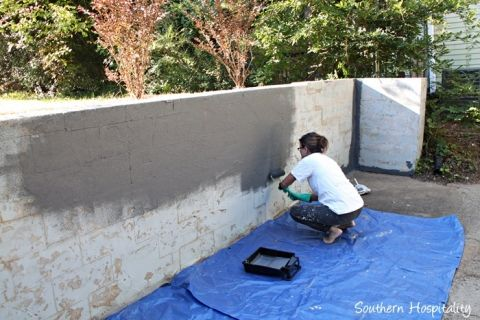 Repair And Paint A Block Wall Concrete Retaining Walls Backyard Retaining Walls Outdoor Wall Paint