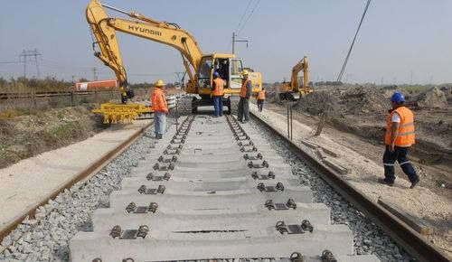 CRCC - China to get Contract Award for #MexicoTrainProject  #ChinaRailwayConstruction Corp (CRCC) looks poised to clinch a contract to build a $3.75bn Mexican high-speed train system even after its original winning bid was revoked when it became engulfed in a political scandal, say sources with knowledge of the bidding.