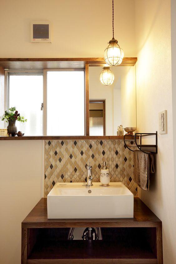 ステンドグラス 大正 インテリア ランプ 洗面室 トイレ コーディネート例
