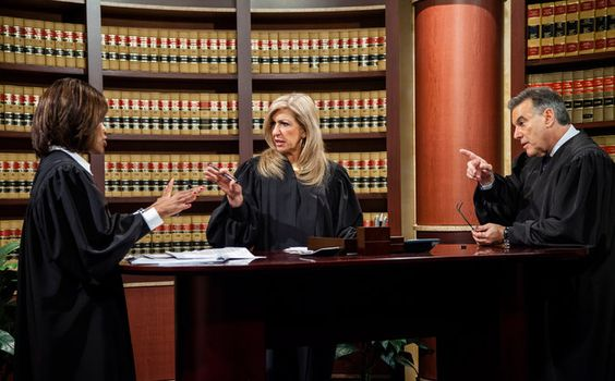 Hot Bench A Court Show From Judge Judy Is A Surprise Hit Judge Judy Tv Judges Tv Ratings