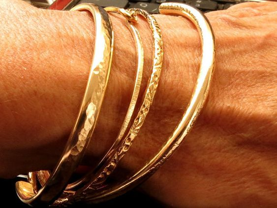 Gold Stacking Bangle Bracelet Gold Filled by VenexiaJewelry