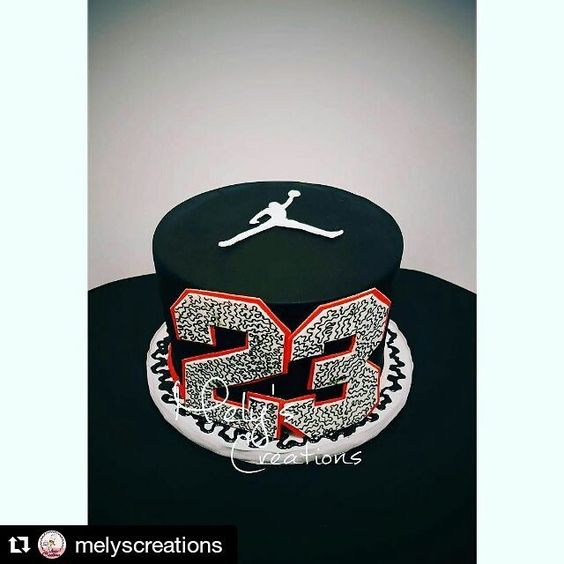 """""""#Repost @melyscreations with @repostapp ・・・ Michael Jordan Cake w/ #23 made by…"""