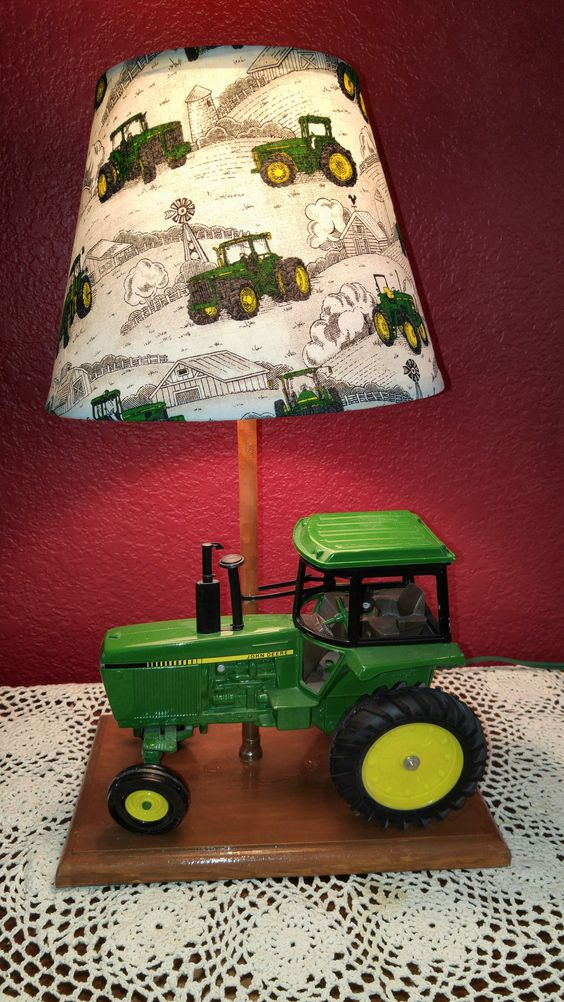 Green John Deere Lamp Shade : John deere tractor lamp with matching shade for