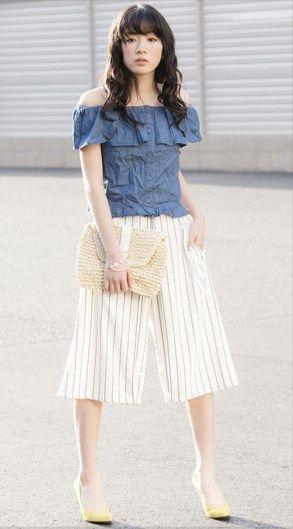 肩出しファッションの永野芽郁