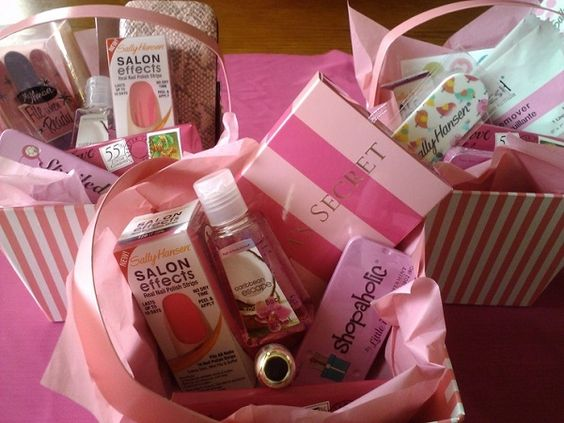 Wedding Gifts Under 20: Bridesmaid Gifts Under $20 - Bath Sets